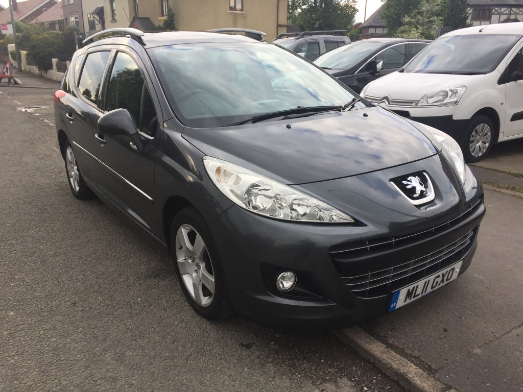 PEUGEOT 207 1.6 HDI SW ALLURE 5DR