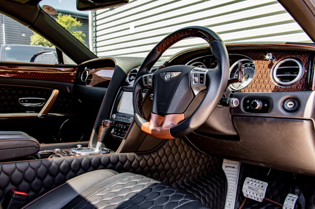 2015 (64) BENTLEY FLYING SPUR 6.0 W12 MULLINER 4DR AUTOMATIC