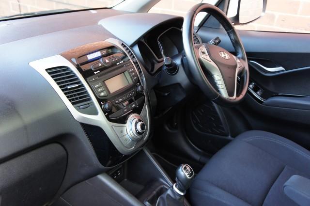 2016 (16) HYUNDAI IX20 1.4 PREMIUM BLUE DRIVE 5DR