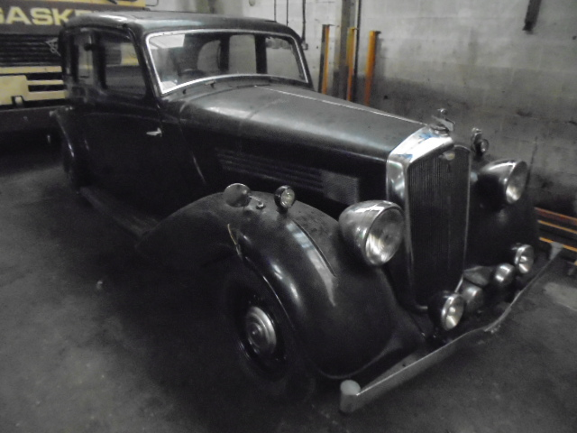 1936 WOLSELEY 25hp saloon