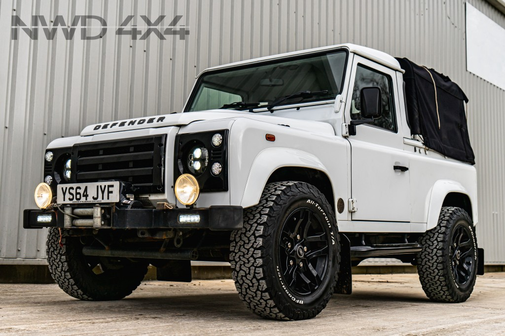 Used LAND ROVER DEFENDER 90  PICKUP 2.2 TDCI  in Lancashire