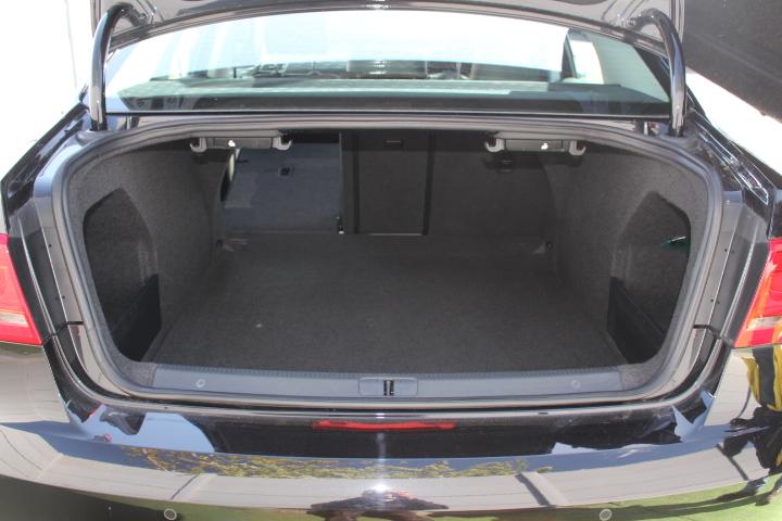 VOLKSWAGEN Passat Passat Executive Tdi Bluemotion Technology Dsg Saloon 2.0 Semi Auto Diesel