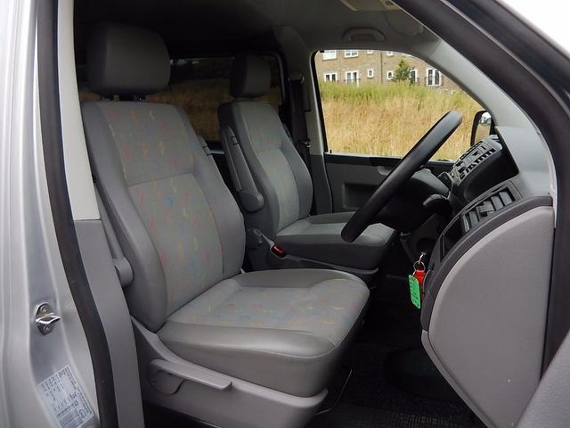VOLKSWAGEN CARAVELLE TDI SE 4dr (7 seat)