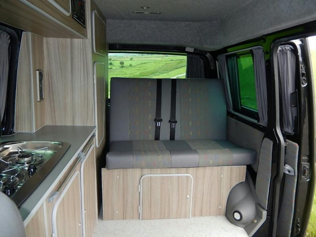 VOLKSWAGEN T5 EXPLORER SEMI-HIGH CAMPER