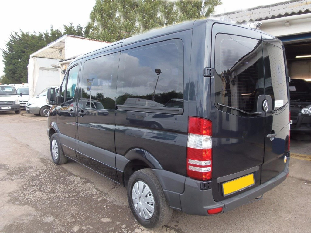MERCEDES-BENZ SPRINTER 2.1 209 CDI SWB