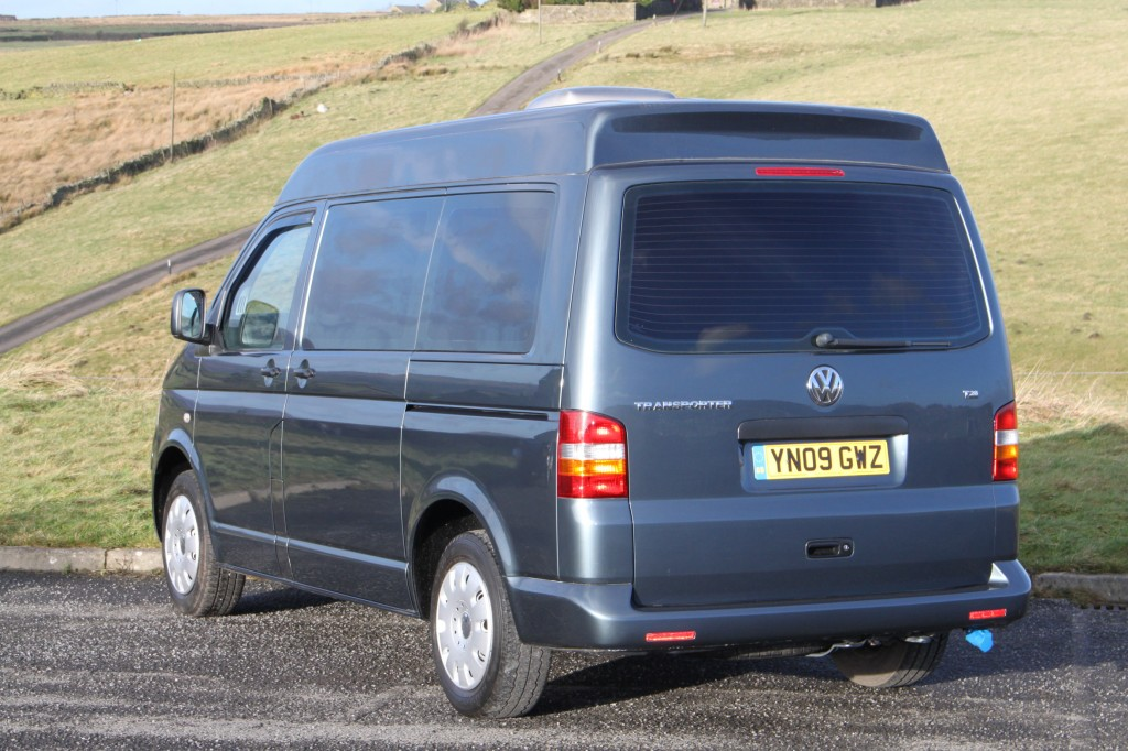 VOLKSWAGEN EXPLORER MEDIUM HIGH ROOF 1.9TD NEW CONVERSION WITH TESTED CERTIFICATED SEAT/BED