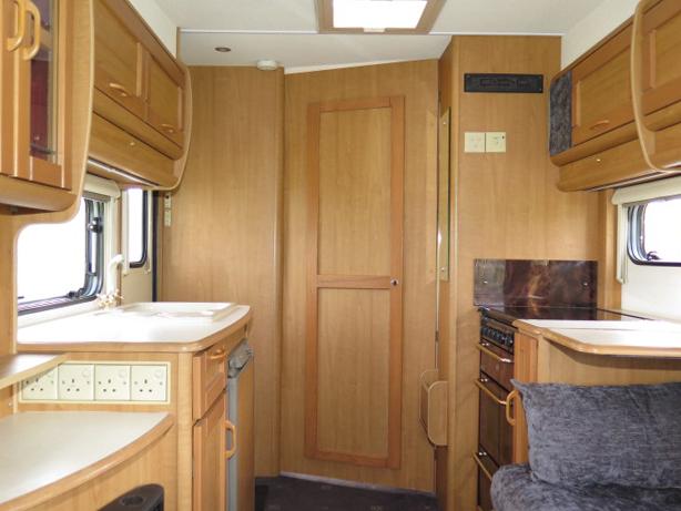 AUTO-TRAIL CHEYENNE 634 REAR LOUNGE, 4 BERTH, 2.8TDi