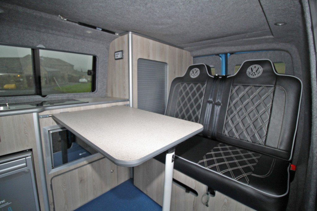 VOLKSWAGEN Transporter 4 BERTH POP TOP CAMPER