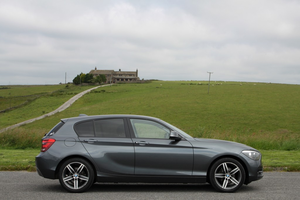 BMW 1 SERIES 2.0 118D SPORT 5DR