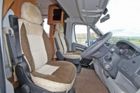 AUTOCRUISE Stardream REAR LOUNGE, 2 LONG SINGLE BEDS OR HUGE DOUBLE, SEPARATE SHOWER, 120HP, 6 SPEED