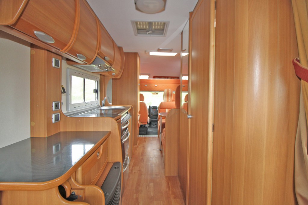 CI Riviera 181 6 Berth, 6 Seat belts. Rear lounge and front dinette.