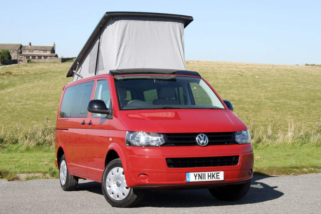 VOLKSWAGEN TRANSPORTER EXPLORER 2.0TDi 2/4 BERTH POP-TOP