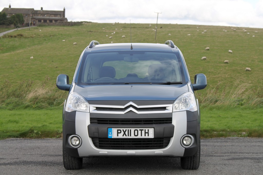 CITROEN Berlingo XTR 110HP AMDRO BOOT JUMP CONVERSION WITH REAR AWNING AND BLIND KIT, 2/4 BERTH