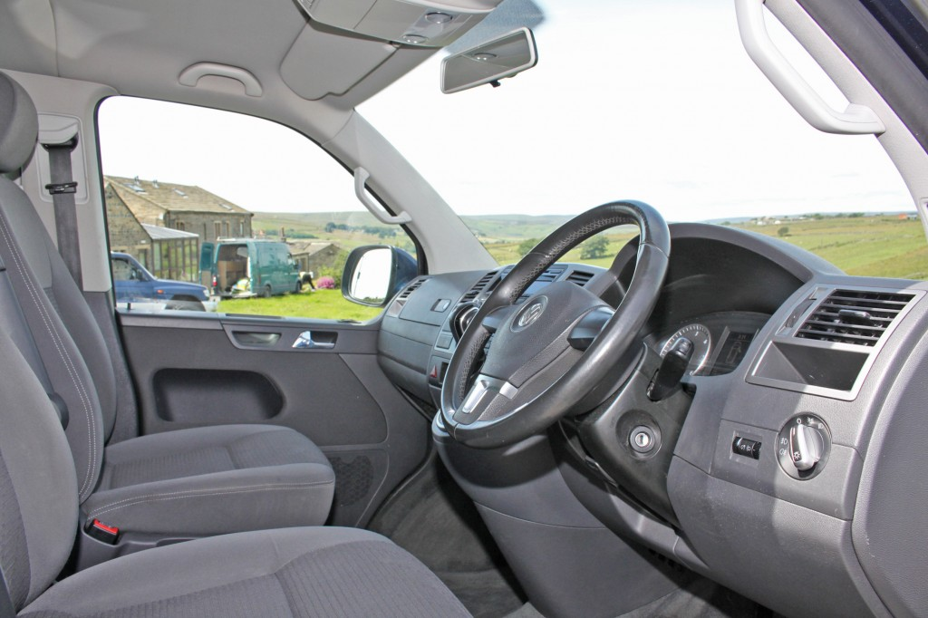 VOLKSWAGEN CARAVELLE 2.0 SE TDI 5DR AUTOMATIC