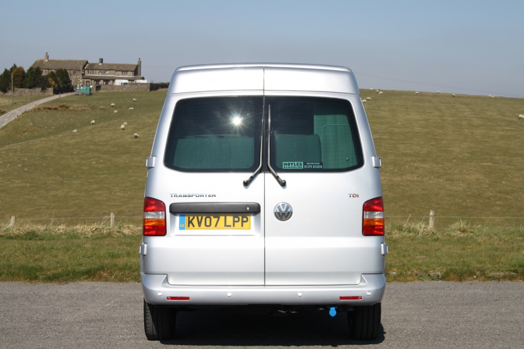 VOLKSWAGEN TRANSPORTER NOMAD, MEDIUM HIGH ROOF, 2.5TDi AUTO, ONE OWNER, FULL VW SERVICE HISTORY,  BRAND NEW CONVERSION