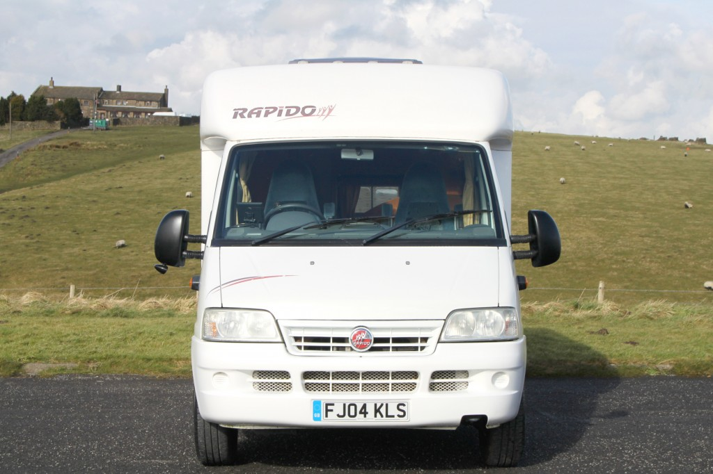 RAPIDO 786F REAR FIXED BED, £1000's OF EXTRAS!