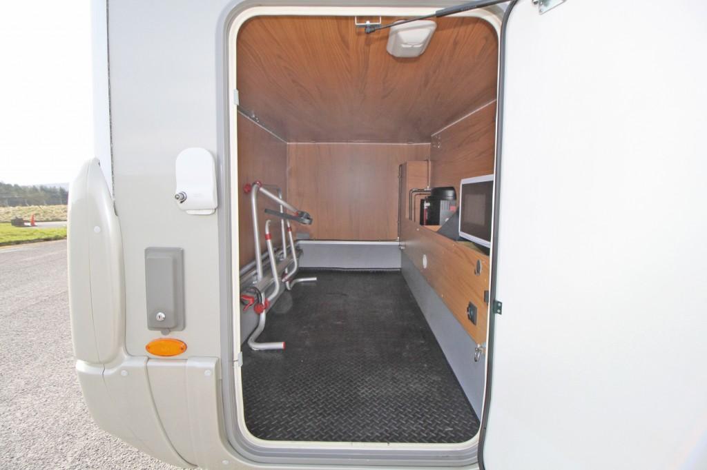 BURSTNER Aviano  i675G, 5 BERTH, A CLASS GARAGE MODEL