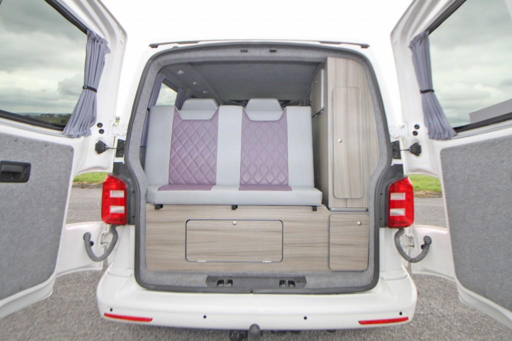 VOLKSWAGEN Transporter 4 Berth Pop Top