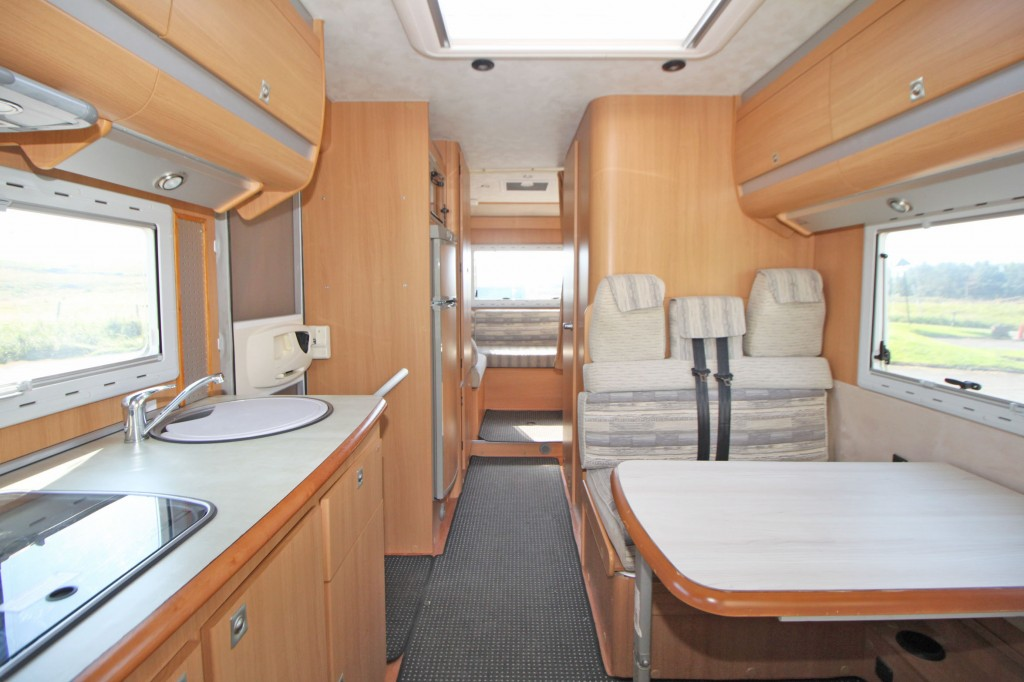 MOBILVETTA P81 Top Driver Low Profile, 4 Berth 4 Belts, Great Layout, Rear Lounge, Front Dinette.  3400Kg GVW