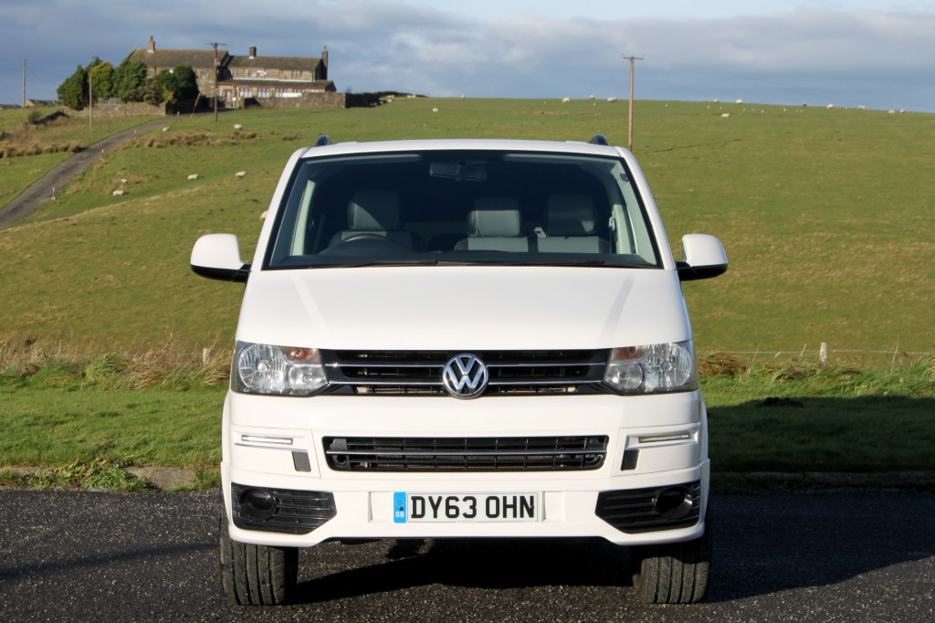 VOLKSWAGEN TRANSPORTER T30 POP-TOP AND ROOF BED AVAILABLE. 5 FULL SEATBELTS, 2 OWNERS