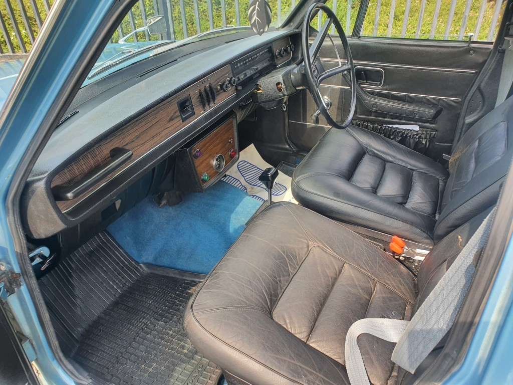 VOLVO 100 SERIES 164 3.0 164 4DR AUTOMATIC