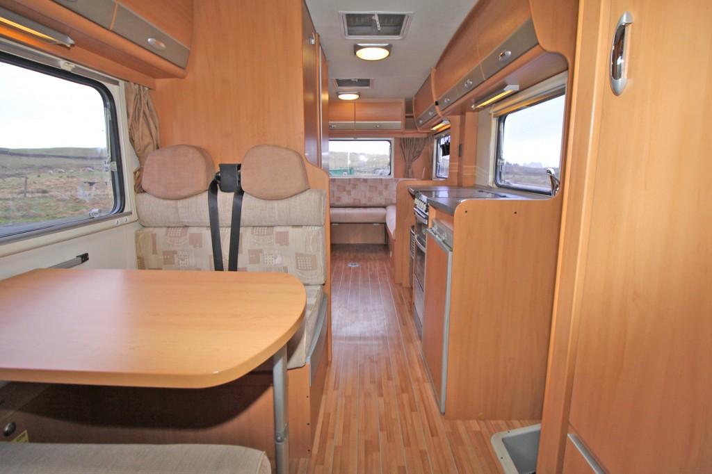 ROLLER TEAM ATESSA 746 6 BERTH, 6 SEAT BELTS, LONG REAR LOUNGE, FRONT DINETTE