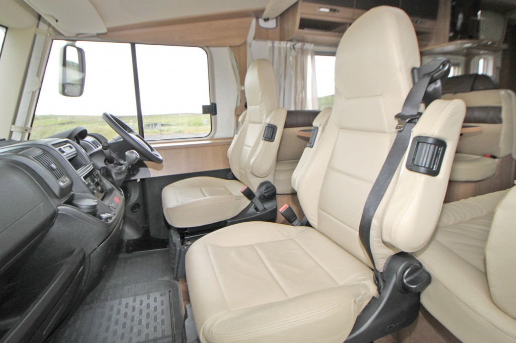 HYMER B544 A Class, 5 Berth, 3500kg GVW, Soft Leather, One owner, 25,0000 miles, 6.5m, 130hp 6 speed,  Extras