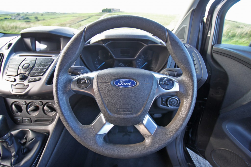 FORD TRANSIT CONNECT 1.6 200 TREND P/V