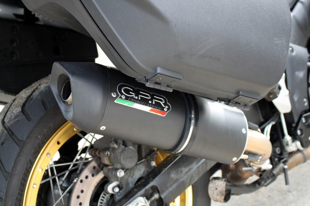 SUZUKI V-Strom 1000 XT HUGE SPEC, SEE DESCRIPTION, INCLUDES 2 BIKE RAMPS