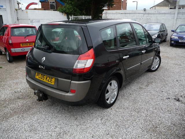 renault grand scenic 2 0 vvt dynamique 5dr auto for sale in chorley mdc autos. Black Bedroom Furniture Sets. Home Design Ideas