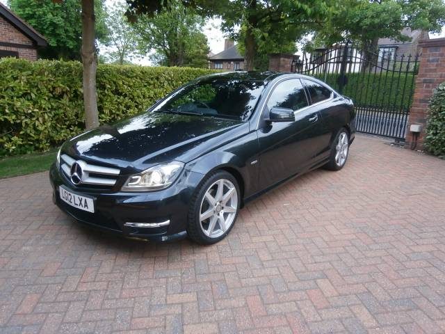 MERCEDES-BENZ C CLASS C250 BlueEFFICIENCY AMG Sport 2dr Auto