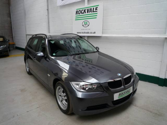 BMW 3 SERIES 320i ES 5dr