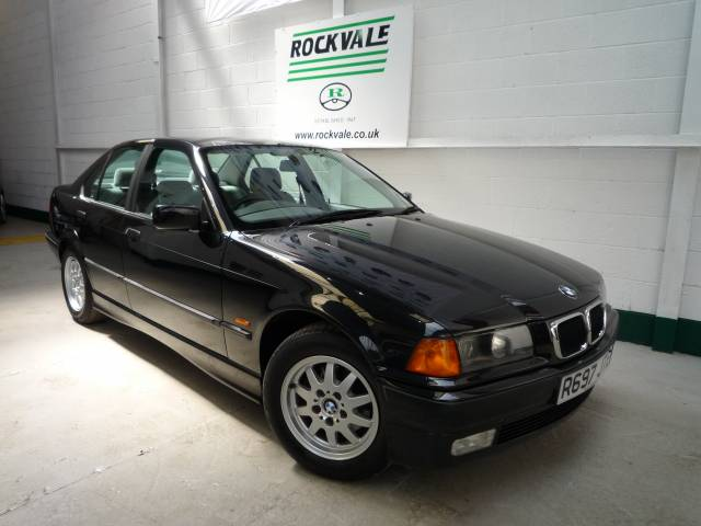 BMW 3 SERIES 318i SE 4dr