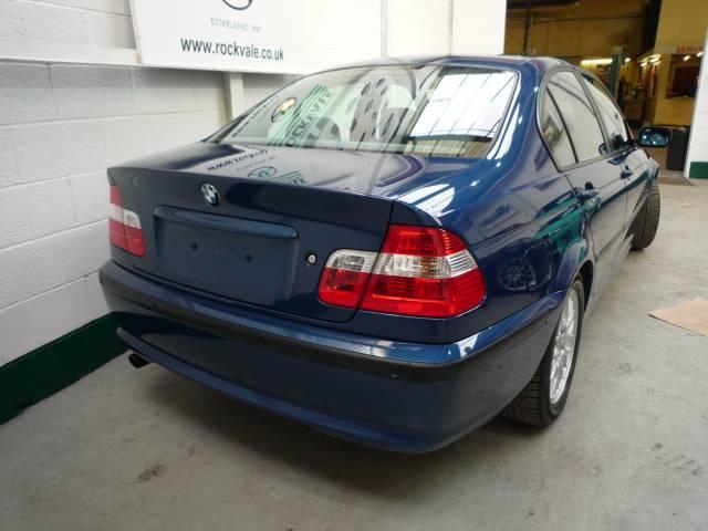 BMW 3 SERIES 318i ES 4dr
