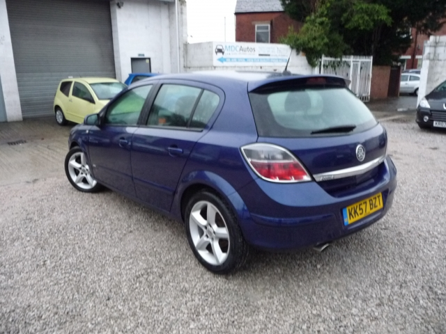 Vauxhall Astra 1 9 Cdti 16v Sri 150 5dr Exterior Pack For Sale In Chorley Mdc Autos