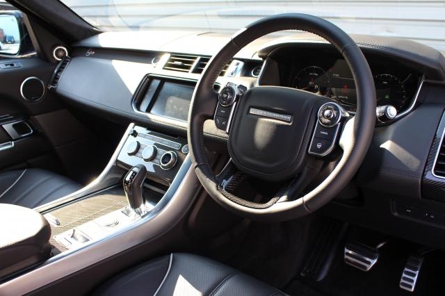 2016 (16) LAND ROVER RANGE ROVER SPORT 5.0 V8 S/C SVR 5dr Auto | <em>1,664 miles