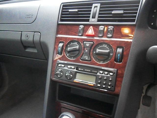 MERCEDES-BENZ C CLASS C180 Classic 4dr Auto