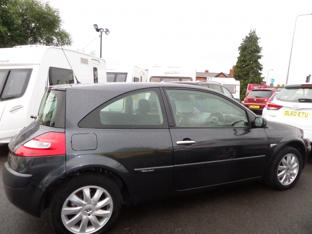 RENAULT MEGANE 1.6 VVT Tech Run 3dr