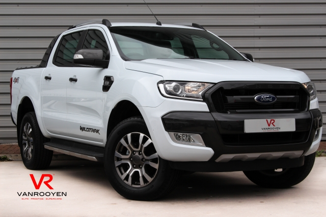 2016 (16) FORD RANGER Pick Up Double Cab Wildtrak 3.2 TDCi 200 Auto | <em>22,299 miles