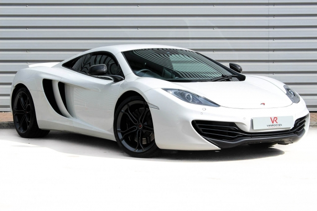 2013 (13) MCLAREN MP4-12C Coupe | <em>17,000 miles