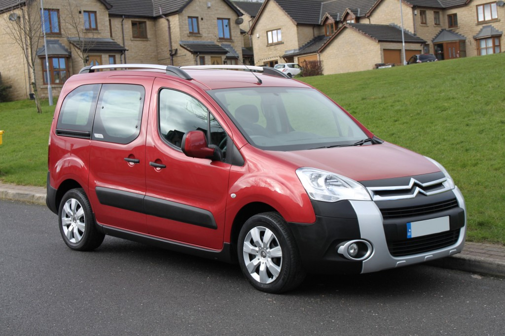 citroen berlingo multispace 1 6 hdi 90 xtr 5dr for sale in bradford hoyles denholme. Black Bedroom Furniture Sets. Home Design Ideas