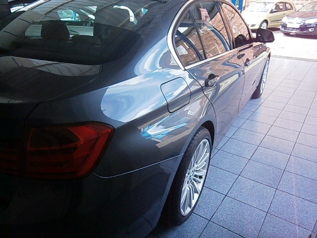BMW 3 SERIES 320i Luxury 4dr Step Auto