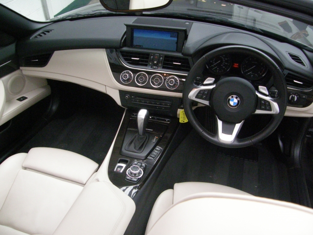 BMW Z4 23i sDrive 2dr Auto