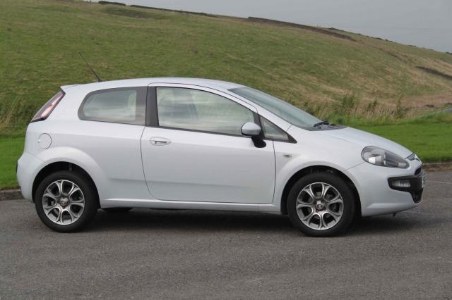 fiat punto evo 1 4 gp 3dr for sale in bradford hoyles Fiat Uno 2015 Fiat Punto