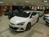 VAUXHALL ASTRA 2.0 VXR 3DR Manual