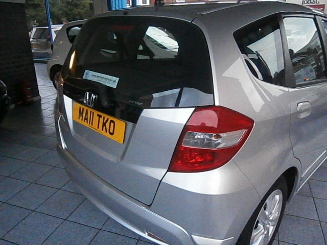 HONDA JAZZ 1.3 I-VTEC ES 5DR Manual