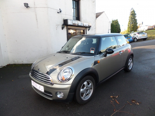 MINI HATCH 1.6 COOPER D 3DR Manual