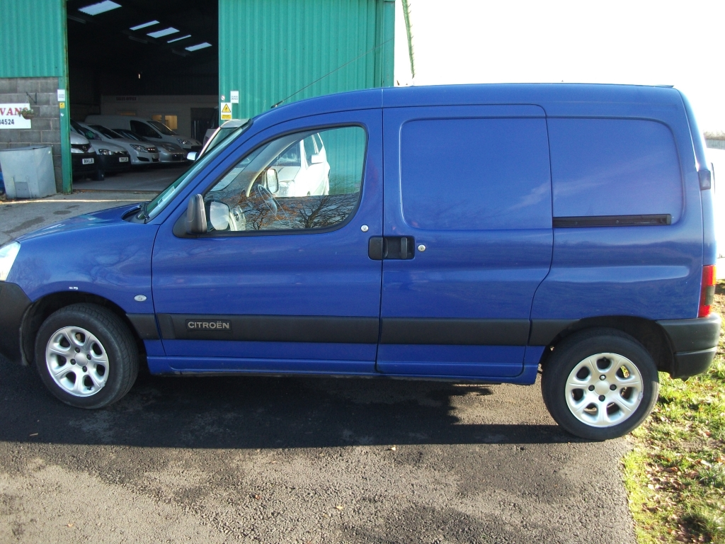 citroen berlingo 2 0 lx 800td hdi manual for sale in ormskirk bennett van sales. Black Bedroom Furniture Sets. Home Design Ideas