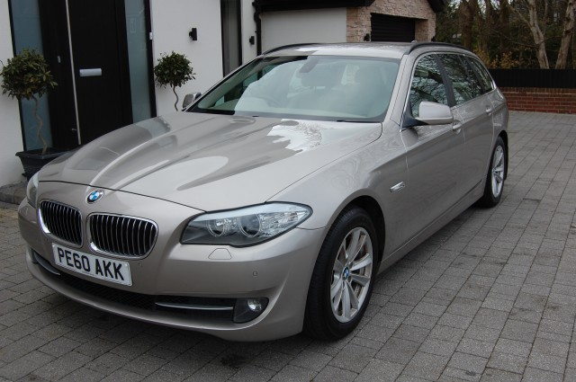 BMW 5 SERIES 2.0 520D SE TOURING 5DR Manual