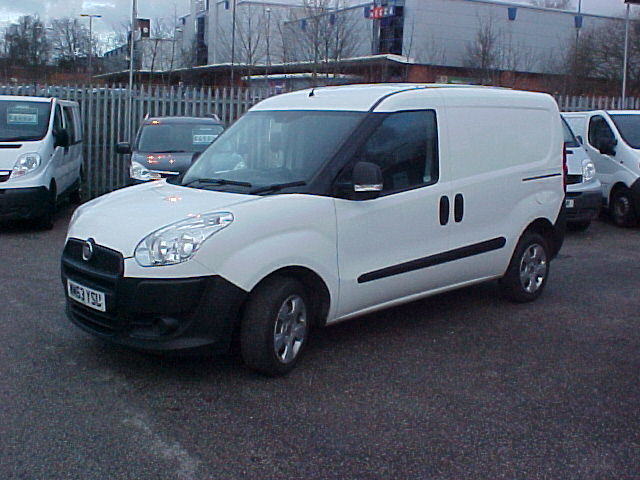 FIAT DOBLO CARGO 1.2 16V MULTIJET Manual